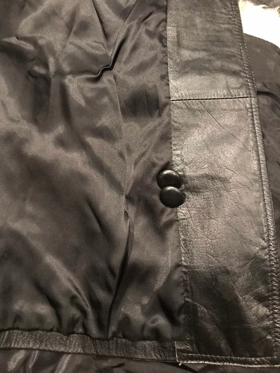 Beautiful distressed leather 70's trench coat/jac… - image 9