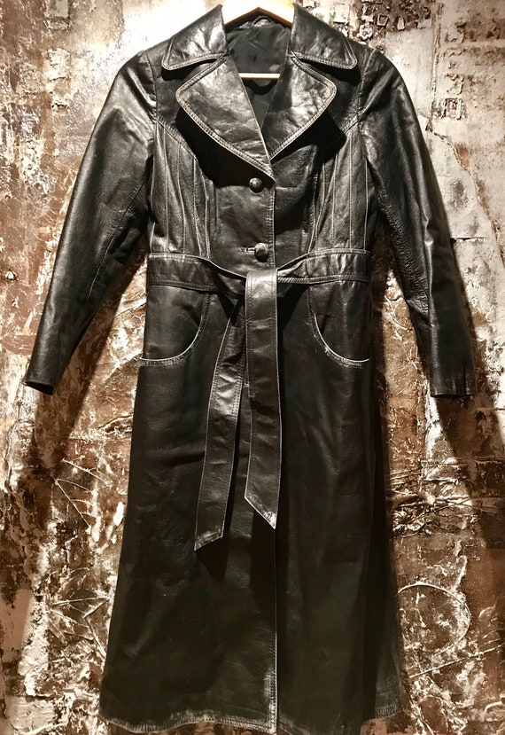 Beautiful distressed leather 70's trench coat/jack