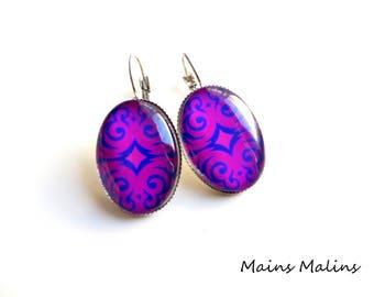 Earrings silver tribal pattern pink violet