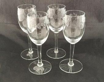 Pair Of Small Wine Glasses Gold Rim /& Amber Dessert Spirits Sherry Mid Century