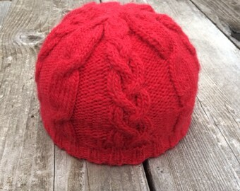 Holiday Cable Hat