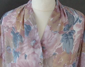 VINTAGE BLOUSE Painted With Pastels