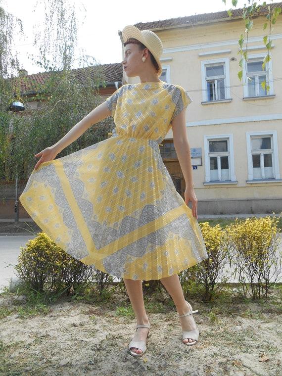 Vintage Midi Dress, Pleated Floral Dress, Retro 60
