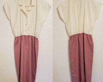 06248d72a2d2 1970s Vintage Pinup Waitress Style Dress Collared with Buttons Size Medium