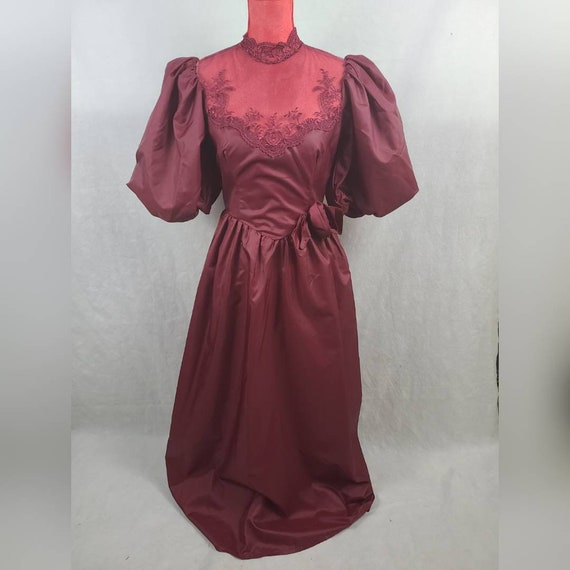1980s Vintage Burgundy Formal Maxi Prom Dress with