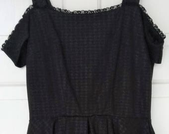 Jones & Jones, Black Houndstooth Off the Shoulder Flare Dress with Full Lining and Netting (Size: 6/34)