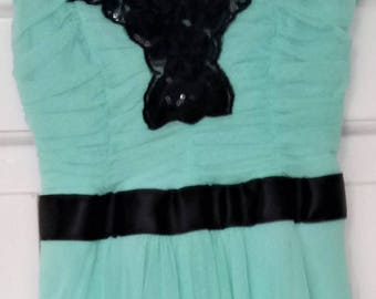 2ac67c4404b Jane Norman, Teal/Spearmint Dress with Black Sequin Detailing and Ribbon  Tie (Size: 6/34)