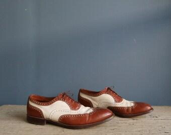 Vintage Wing Tip Men's Shoes | Two-Tone WIng Tip Men's Shoes | Vintage Men's Brown + White Wing Tip Shoes | Vintage Jarman Shoes for Men