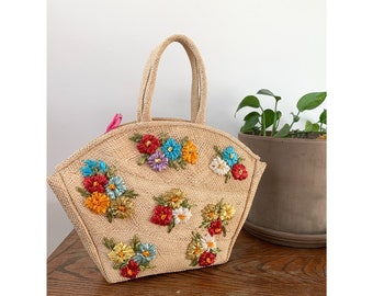 1960's Straw Top Handle Tote with Raffia Flowers