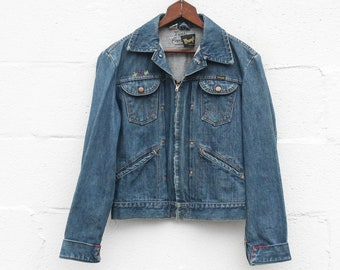 1960's Pleated Front Zip Up Wrangler Denim Jacket w/ Embroidery