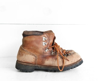 Vintage Red Wing Irish Setter Hiker Mountaineering Boots size 10 B