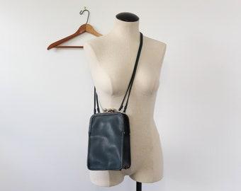 Vintage Coach Leatherware Double Kiss Lock Navy Leather Purse