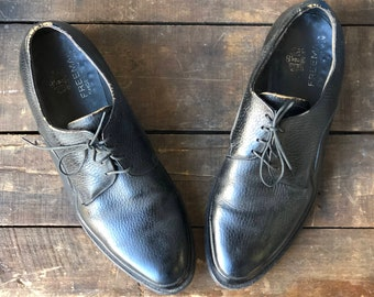 1950's 1960's Vintage Men's Black Oxfords Walking Shoes by Freeman