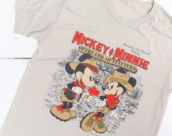 Mickey & Minnie Overland Outfitters Safari Florida Souvenir T Shirt