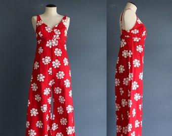 Vintage Red and White Floral Jump Suit 1970s Sleeveless Jumpsuit