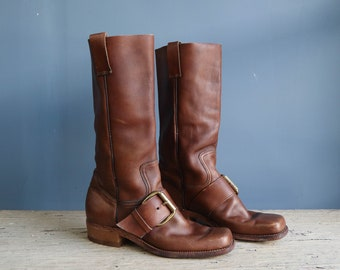 Dress Shoes & Boots