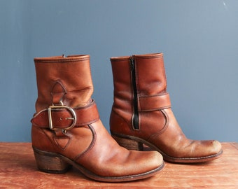 1960's Brown Leather Buckle Ankle Boots