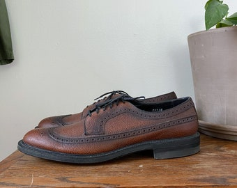 Vintage Wing Tip Men's Shoes in Brown Leather Size 11 A