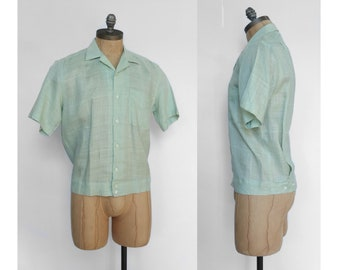 Vintage Light Green Short Sleeve Button Down Shirt
