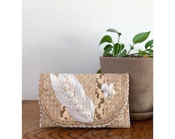 Straw and Raffia Summer Beach Handbag Clutch