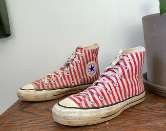 Vintage High Top Converse Chuck Taylor Shoes Red Stripe Candy Cane size 5