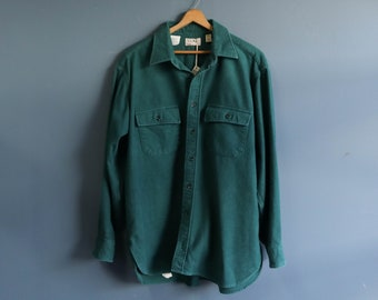 L.L. Bean Chamois Flannel Green Long Sleeve Button Up