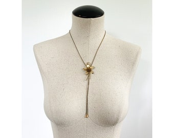 Vintage Gold Tone Floral Bolo Tie Beautiful Flower Western Tie