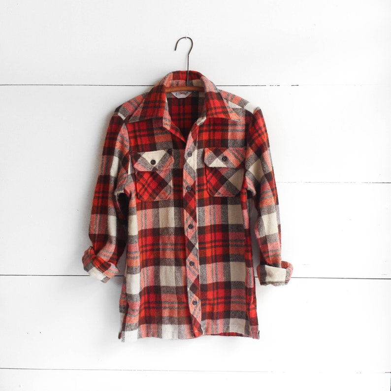 35529246c325 Well Worn Wrangler Plaid Flannel Pearl Snap Rust   Brown