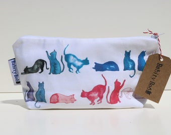Cat Cosmetic Bag, wash bag, gift for her, purse, toilet bag, toiletry bag, pencil case, gift for a cat lover, stocking filler.