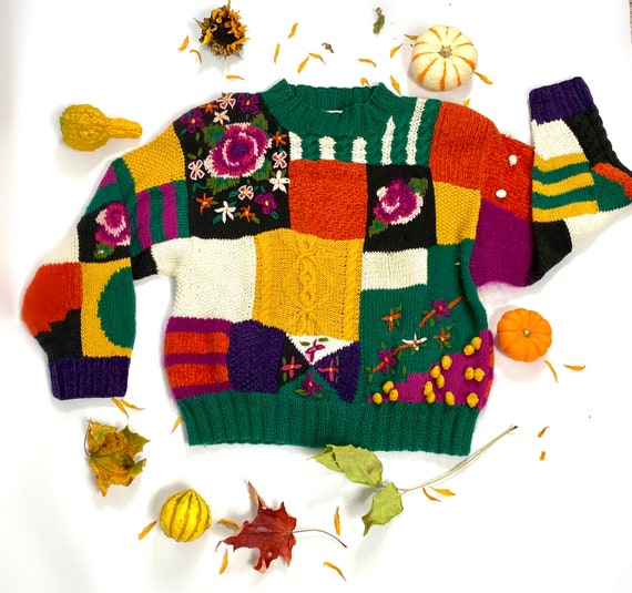 Vintage colorful hand knit sweater size small