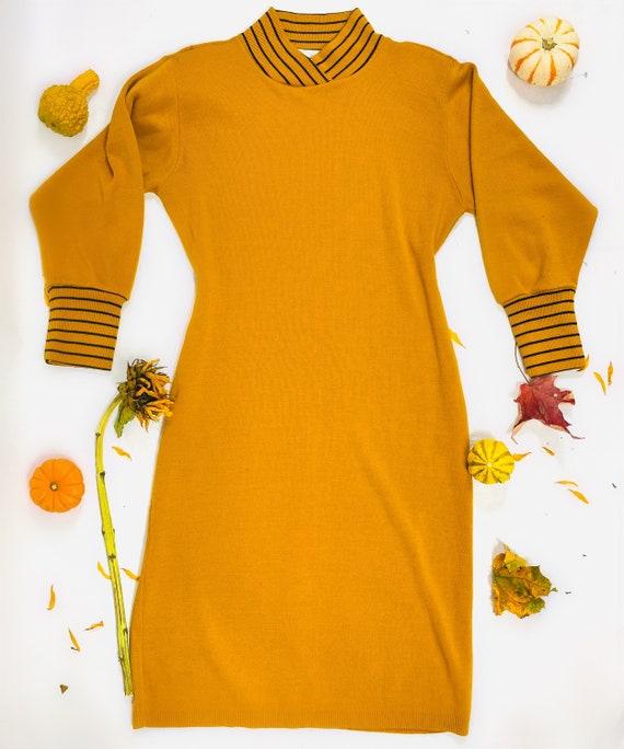 Vintage sweater dress size medium - image 2