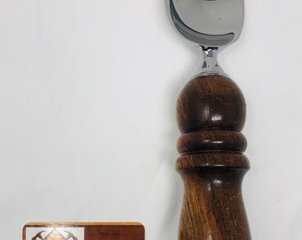 Gorgeous Handmade highly figured Walnut handle and stainless steel paddle ice cream scoop 191097