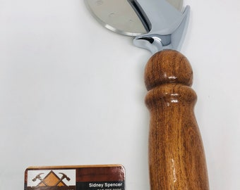 Lovely Handmade Mesquite and stainless steel paddle pizza cutter 191034
