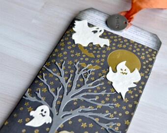 Mixed Media Halloween Keepsake Tag: Beware of Sparkly Ghosts