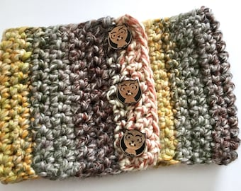 Owl buttons scarflet / Rustic cowl