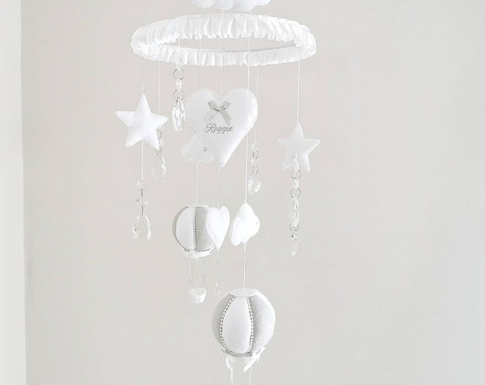 Elegant Baby Mobile, Hot Air Balloon Baby Mobile, Travel Nursery, Luxury Cloud Decoration, Grey and White Nursery, Baby Boy Nursey, Vegan