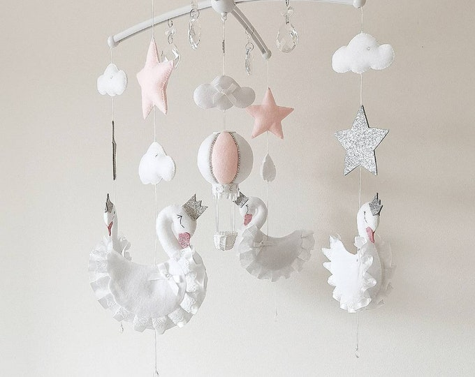 Swan Baby Girl Mobile, Swan Nursey Decoration, Swan Mobile, White Pink Nursery, Hanging Mobile, Elegant Nursey, Crystal Mobile, Newborn Gift