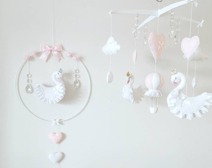 Swan Mobile Nursery Set, Swan Baby Decoration, Swan Mobile, White Pink Nursery, Hanging Mobile, Elegant Nursey, Crystal Mobile, Wall Hoop