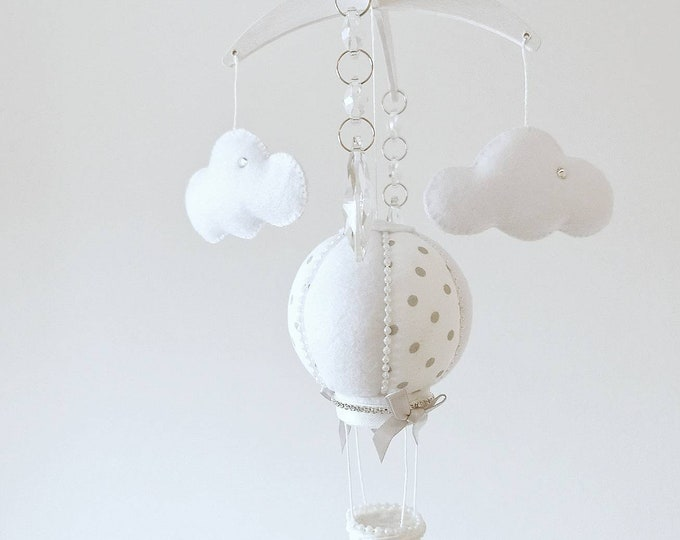 Moses Basket Mobile, Canopy Decor, Baby Mobile, Birth Gift, Babyshower Gift, Grey & White Nursery, Mini Baby Mobile, Small Polka Dots