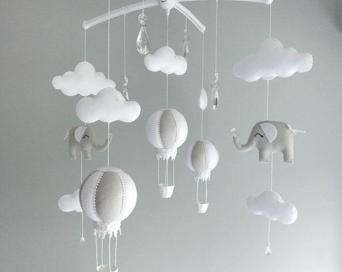 Grey White Baby Mobile, Elephant Nursery Decor Cot Mobile, Hot Air Balloon Nursey , Crystal Nursery Decoration, Monochrome Design, Vegan