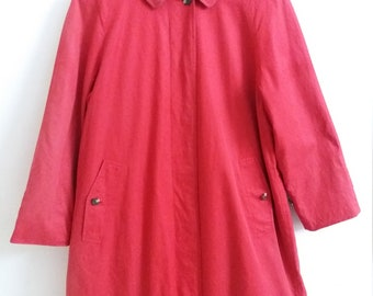 "Burberry Red Loang Coat 2 Layers Made In Japan Armpit 22""x 39"""