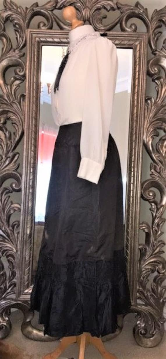 Edwardian/Victorian Walking Skirt.Black Victorian