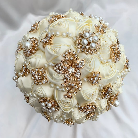 Brides Brooch Bouquet, Ivory and Gold, Satin Roses, Unique Elegant Vintage Chic, Crystals and Pearls, Artificial Wedding Flowers