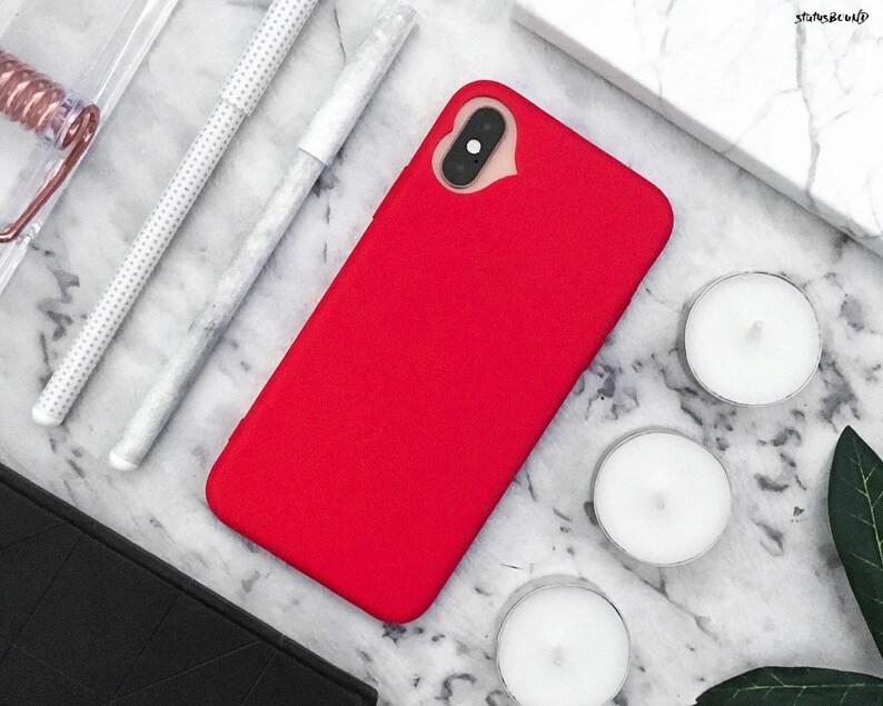 coque noir et coeur rouge iphone 8 plus