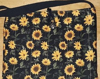 Quilted shoulder bag sunflower print