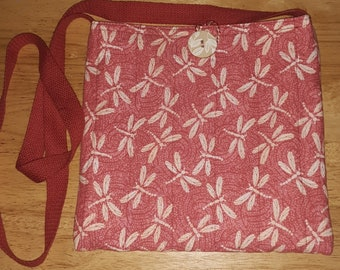 Quilted shoulder bag red dragonfly print