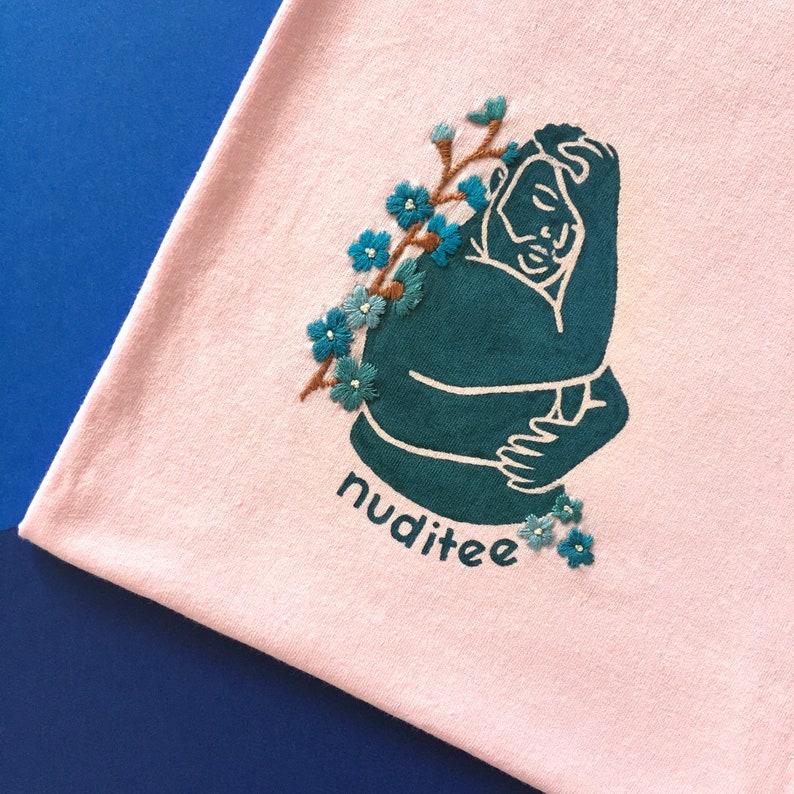 Large 1416 Embroidered Nuditee