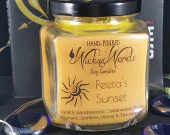 PEETA'S SUNSET - The Hunger Games Inspired Soy Candle - Black Currant, Jasmine, Honey & Tea Leaves | Book candle | Book gifts