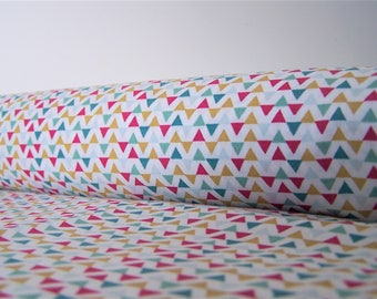 Coupon colored triangles, 50 x 50 cm, cotton fabric
