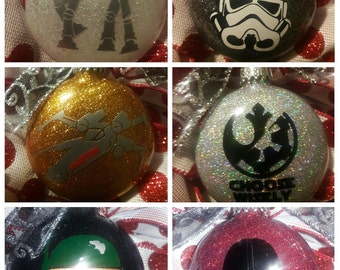 Set of 6 Glitter Glass Disc Star Wars Ornaments; Glitter Disc Ornaments; Personalized Star Wars Ornaments.; Name or Date.